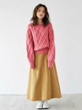 クルーネックケーブル編みセーター2.jpg