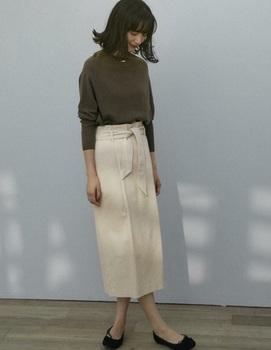 コーデュロイタイトスカート5.jpg
