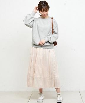 サテンプリーツスカート1.jpg