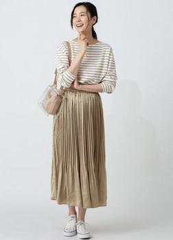 サテン消しプリーツスカート6.jpg