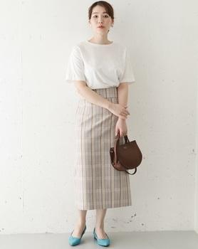 チエックタイトスカート1.jpg