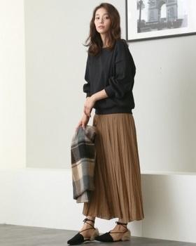 ロングプリーツスカート2.jpg