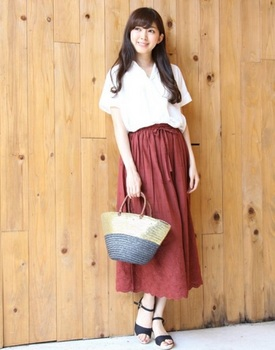 刺繍スカート2.jpg